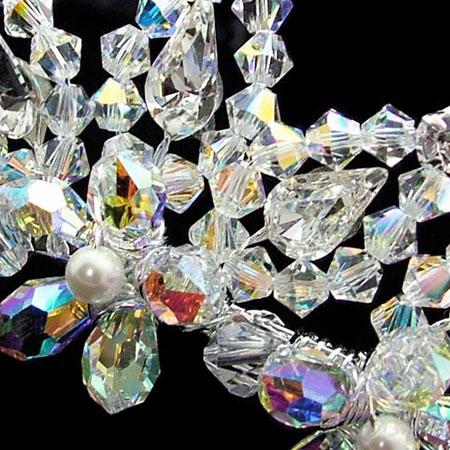 crystal-bridal-tiara-zelda-detail