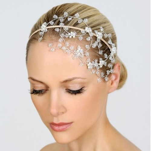 liza- designs-floating-crystal-wedding-headdress