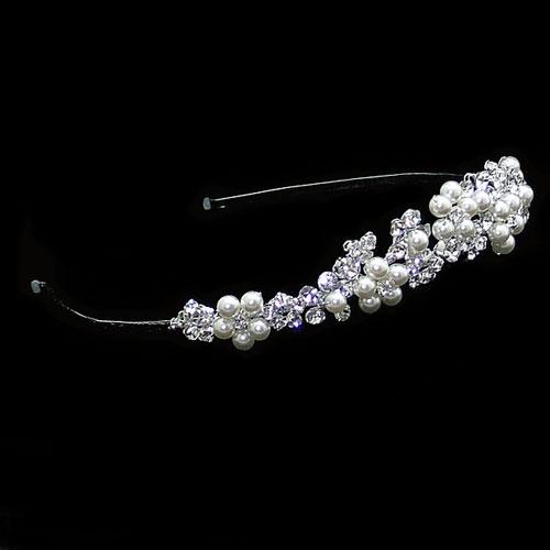 pearl-crystal-tiara-mary-ellieK