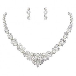 Crystal and Pearl Jewellery Set - Alexa