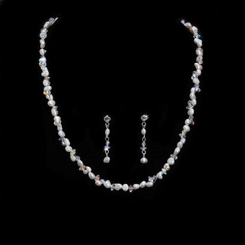 Freshwater Pearl and Swarovski Crystal Jewellery Set