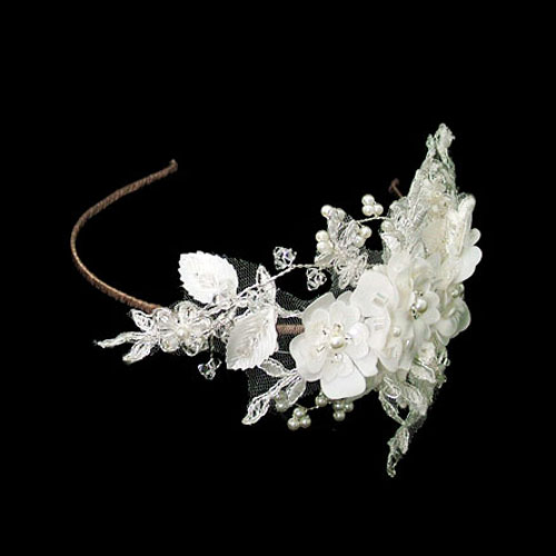 vintage-floral-bridal-headdress-betsy-brown--b