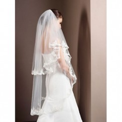 lace edged wedding veil