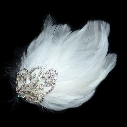 AW1118 Feather Bridal Hair Clip