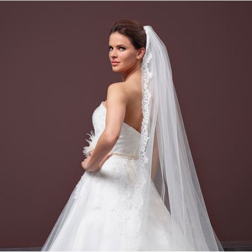 Single Layer Lace Bridal Veil