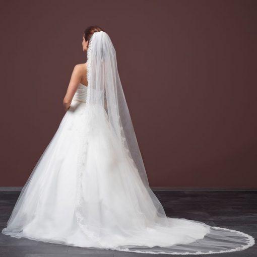 Single Layer Lace Bridal Veil