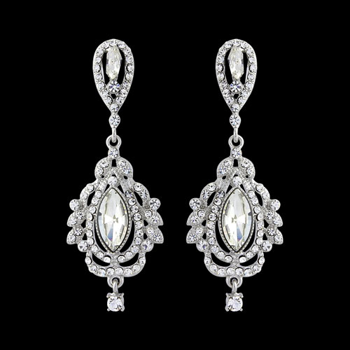 Vintage chandelier bridal earrings zaphira bridal vintage chandelier bridal earrings mozeypictures Choice Image