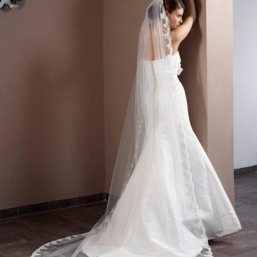 Poirier Soft 1 Layer Lace Wedding Veil - S-50-280/1