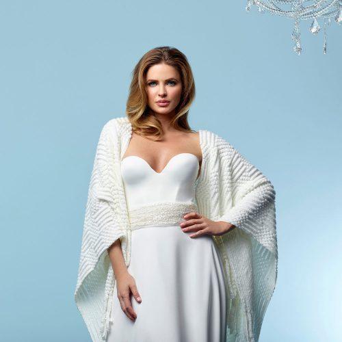 S162-knitted-wedding-wrap-poirier-1000x1000