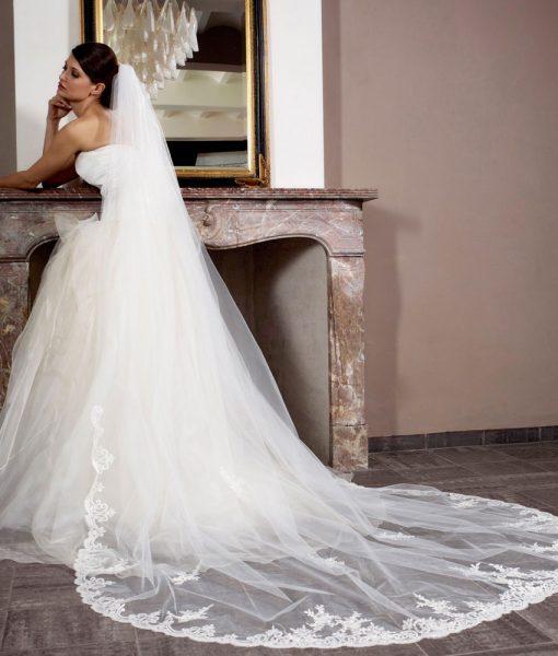 lace-edge-bridal-veil-s115-3001-poirier